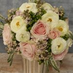 Spring pink table arrangement