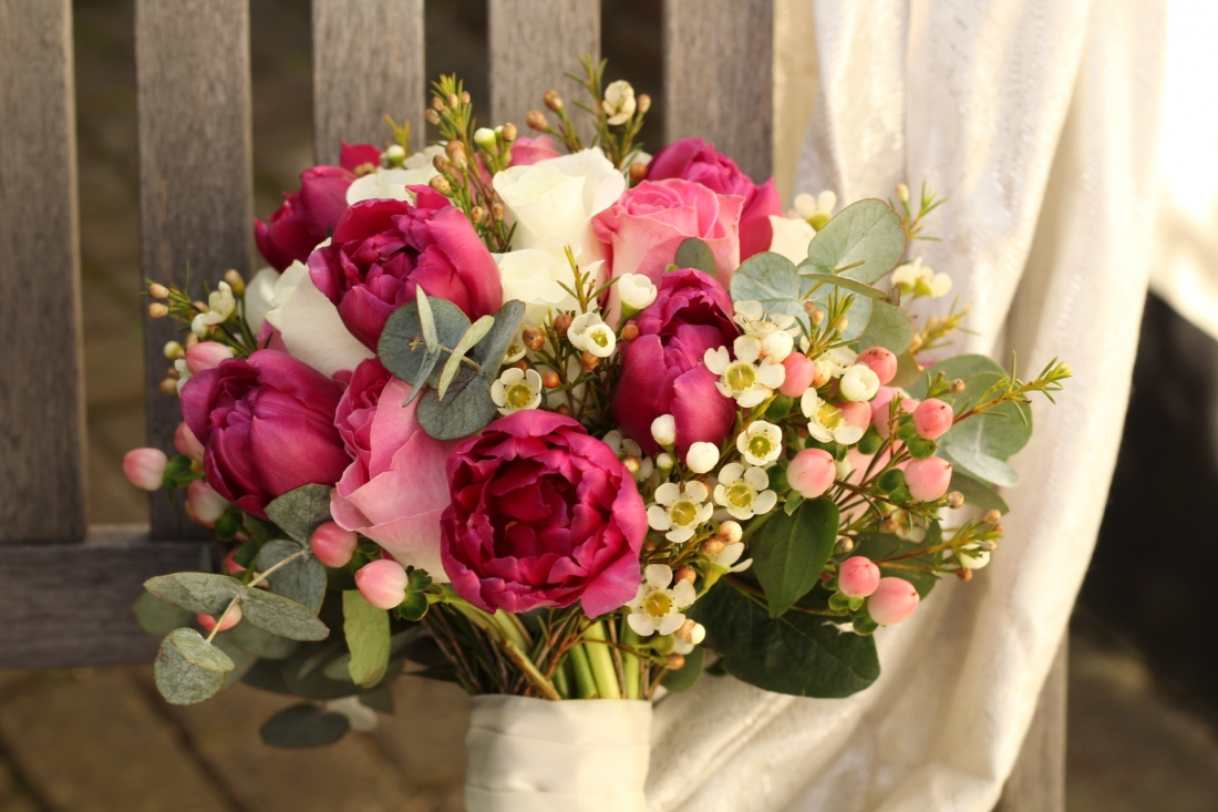 Deep pinks and cream bouquet
